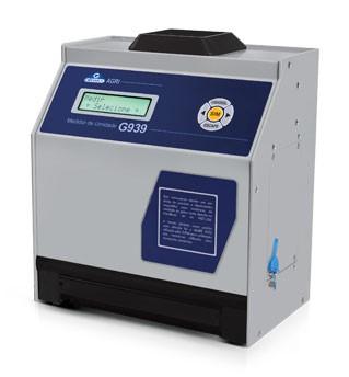 Benchtop grain moisture tester